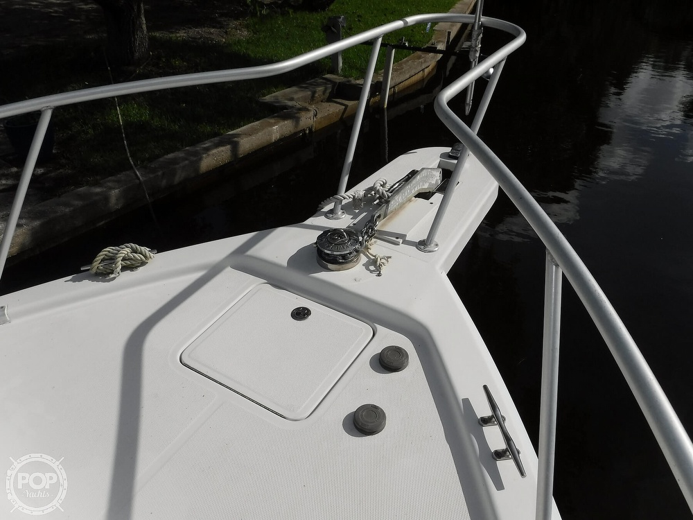 2001 Mainship boat for sale, model of the boat is 34 Pilot & Image # 34 of 40