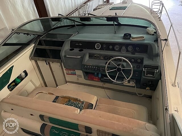1990 Sea Ray boat for sale, model of the boat is 280 Sundancer & Image # 3 of 14
