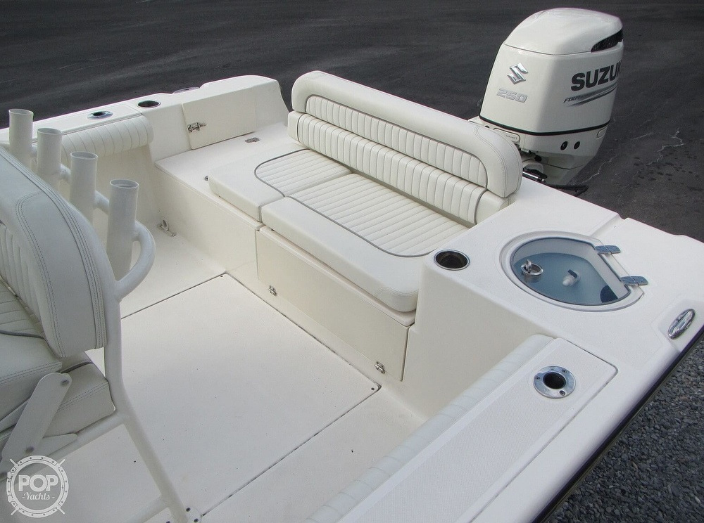 2019 Sea Born boat for sale, model of the boat is LX24 & Image # 13 of 40