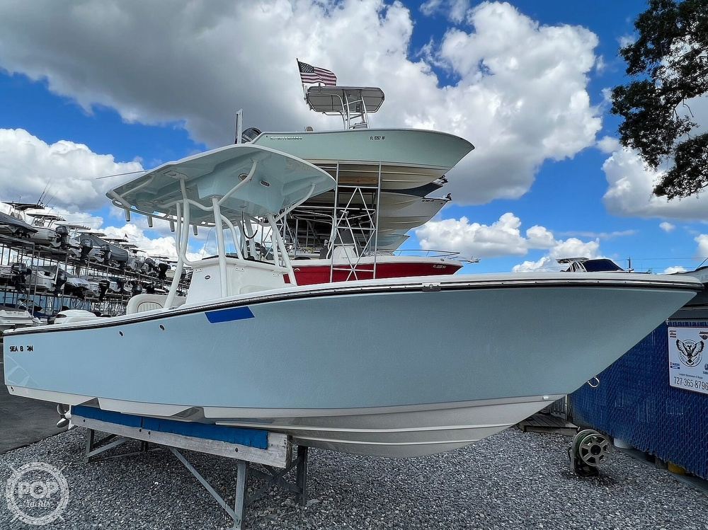 2019 Sea Born boat for sale, model of the boat is LX24 & Image # 7 of 40