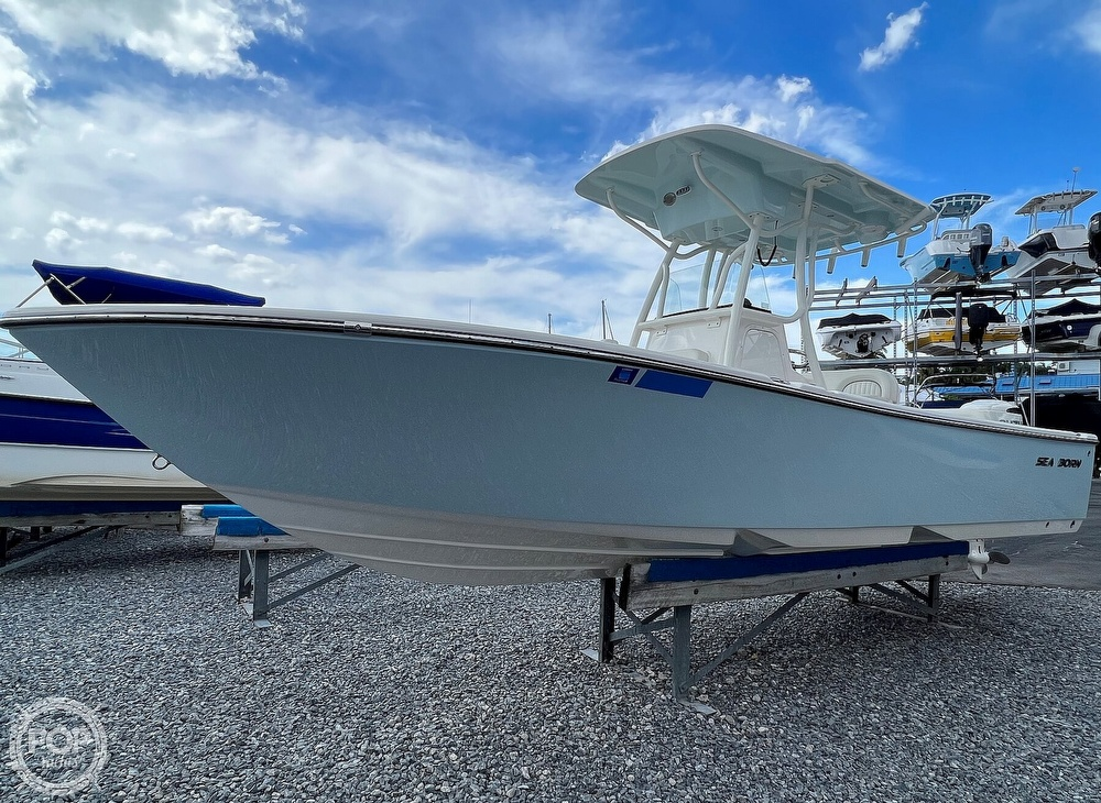 2019 Sea Born boat for sale, model of the boat is LX24 & Image # 14 of 40