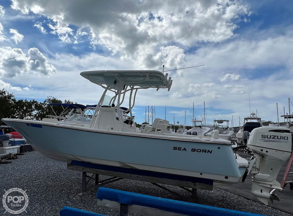 2019 Sea Born boat for sale, model of the boat is LX24 & Image # 17 of 40