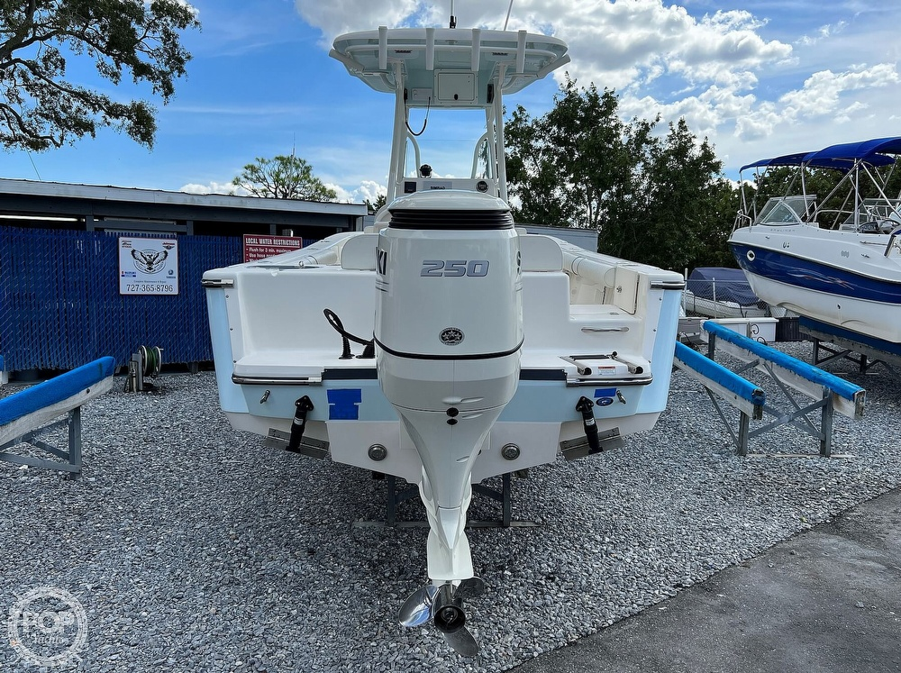 2019 Sea Born boat for sale, model of the boat is LX24 & Image # 19 of 40