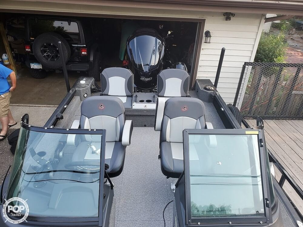 2018 Alumacraft boat for sale, model of the boat is 205 COMPETITOR & Image # 7 of 12