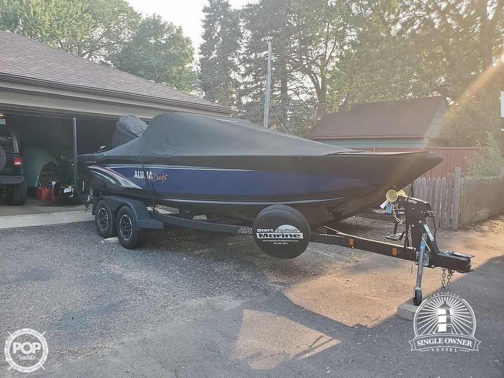 2018 Alumacraft boat for sale, model of the boat is 205 COMPETITOR & Image # 2 of 12