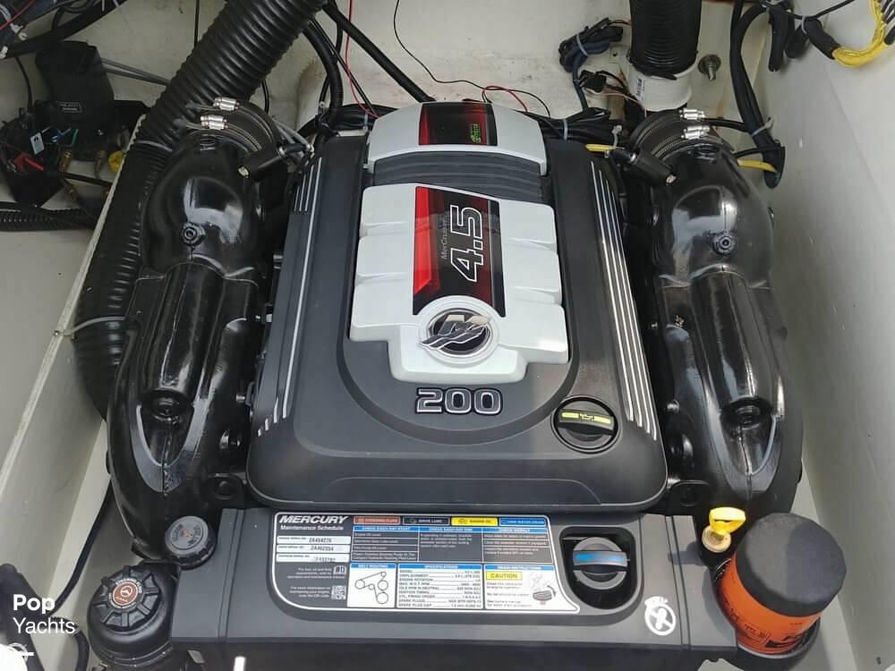 2016 Bayliner boat for sale, model of the boat is VR6 & Image # 4 of 40