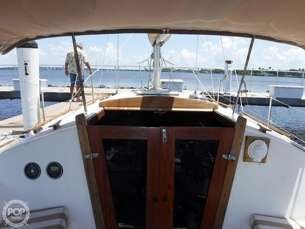 1982 Island Packet boat for sale, model of the boat is 26 MKII & Image # 24 of 40