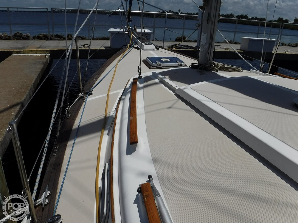 1982 Island Packet boat for sale, model of the boat is 26 MKII & Image # 29 of 40