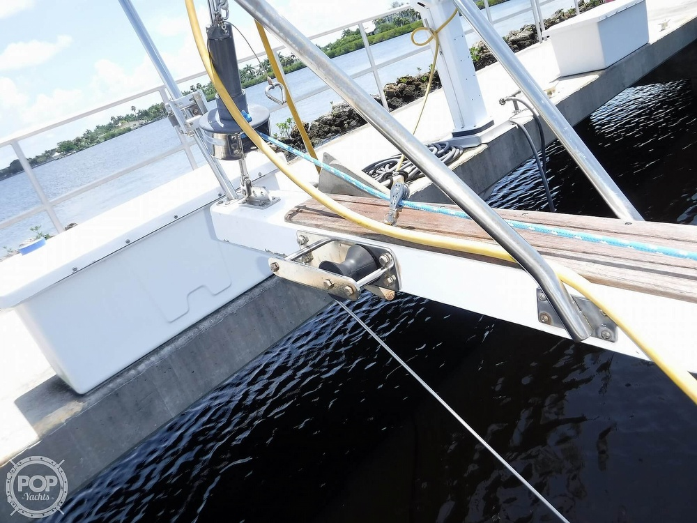 1982 Island Packet boat for sale, model of the boat is 26 MKII & Image # 36 of 40