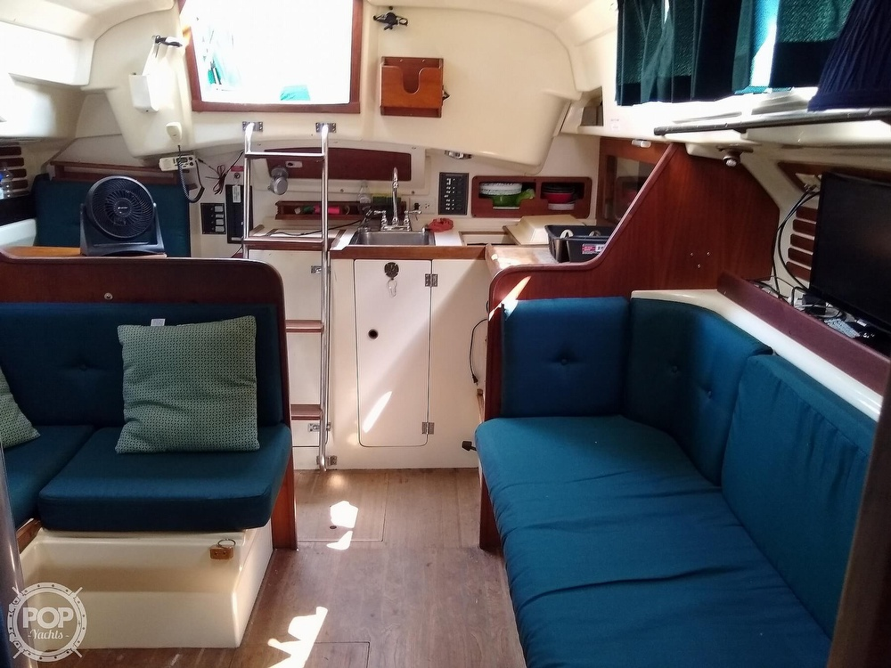 1980 Pearson boat for sale, model of the boat is 323 & Image # 9 of 40