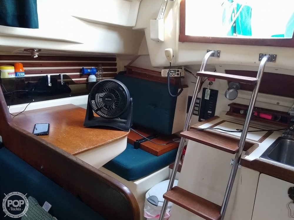 1980 Pearson boat for sale, model of the boat is 323 & Image # 10 of 40