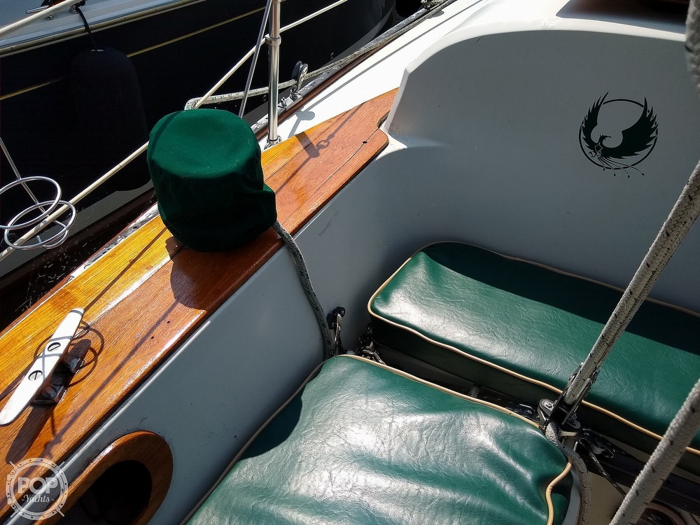 1980 Pearson boat for sale, model of the boat is 323 & Image # 28 of 40