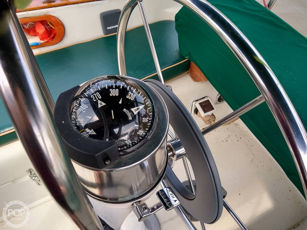 1980 Pearson boat for sale, model of the boat is 323 & Image # 21 of 40