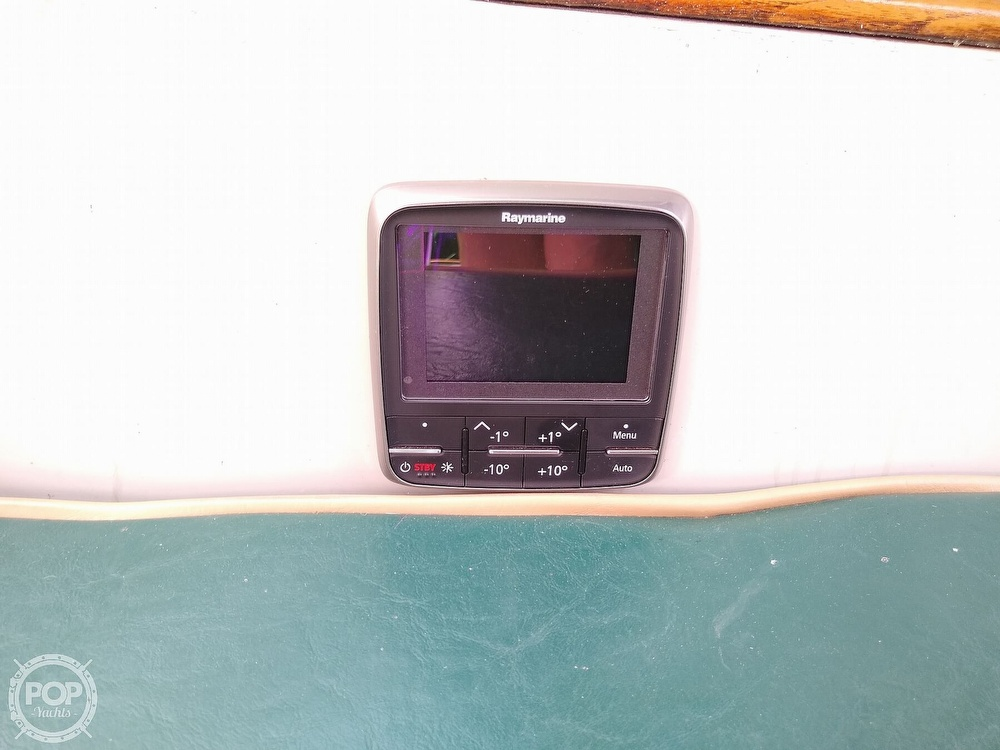 1980 Pearson boat for sale, model of the boat is 323 & Image # 34 of 40