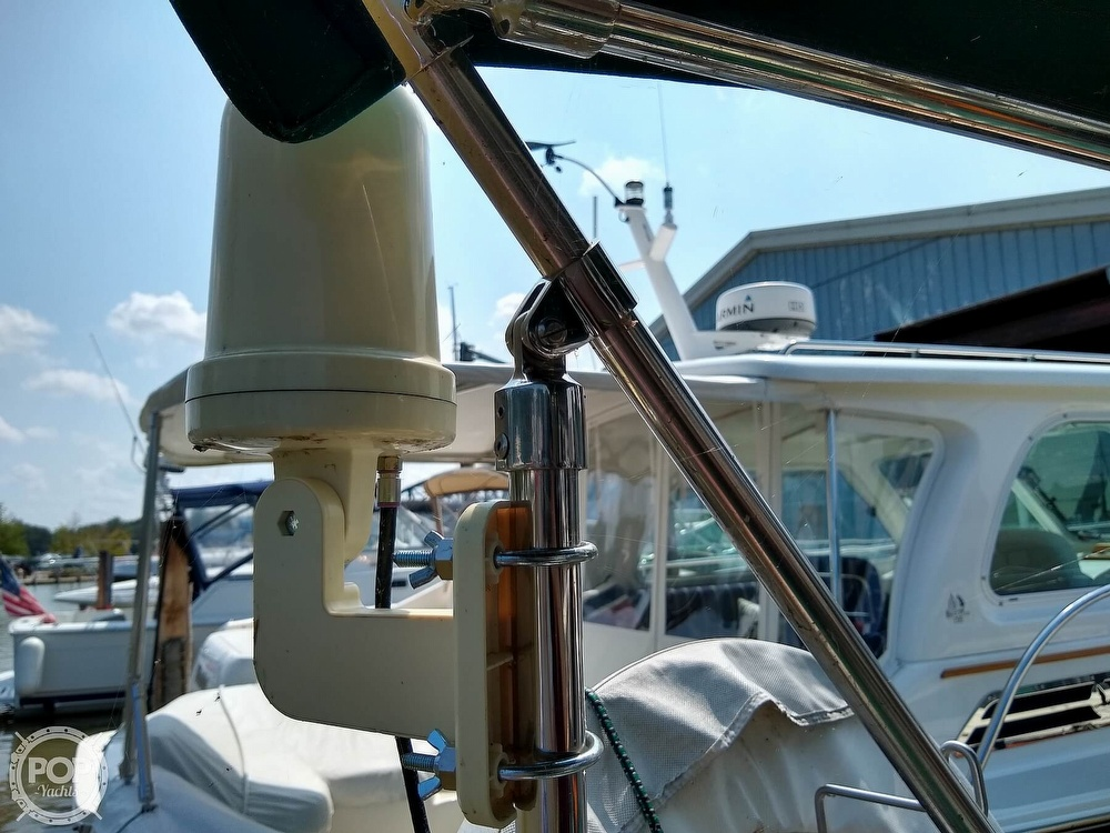 1980 Pearson boat for sale, model of the boat is 323 & Image # 23 of 40