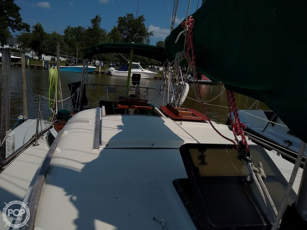 1980 Pearson boat for sale, model of the boat is 323 & Image # 15 of 40