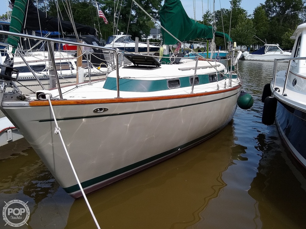 1980 Pearson boat for sale, model of the boat is 323 & Image # 13 of 40