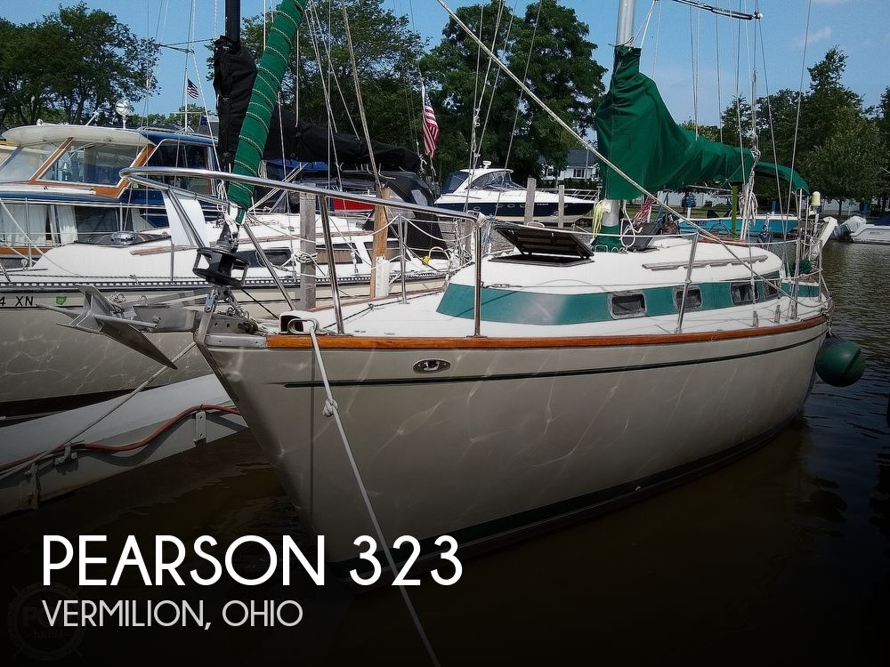 1980 Pearson boat for sale, model of the boat is 323 & Image # 1 of 40