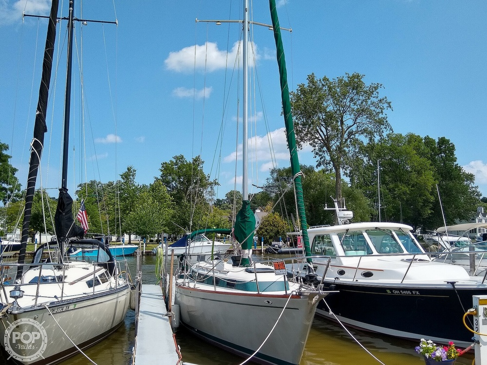 1980 Pearson boat for sale, model of the boat is 323 & Image # 4 of 40