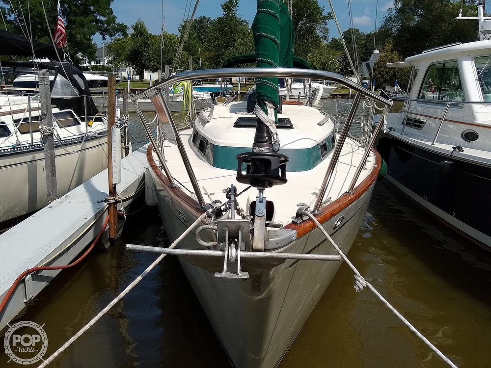 1980 Pearson boat for sale, model of the boat is 323 & Image # 3 of 40