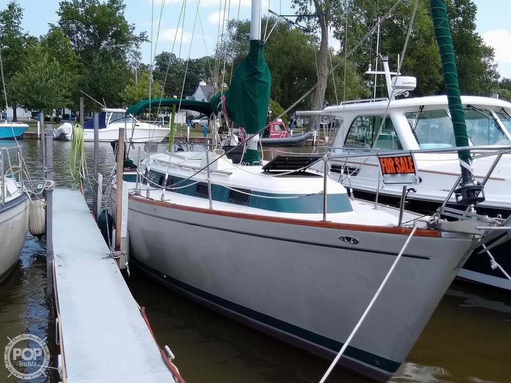 1980 Pearson boat for sale, model of the boat is 323 & Image # 2 of 40