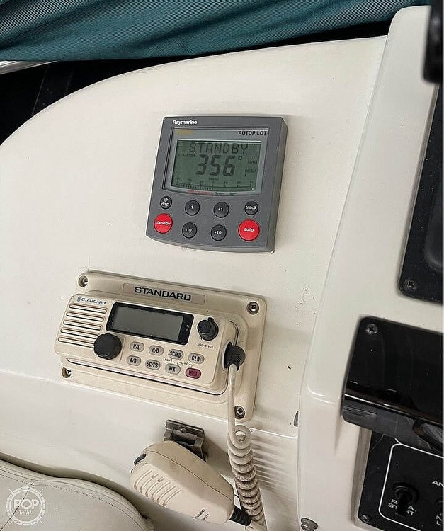 1994 Silverton boat for sale, model of the boat is 31 Convertible & Image # 16 of 26