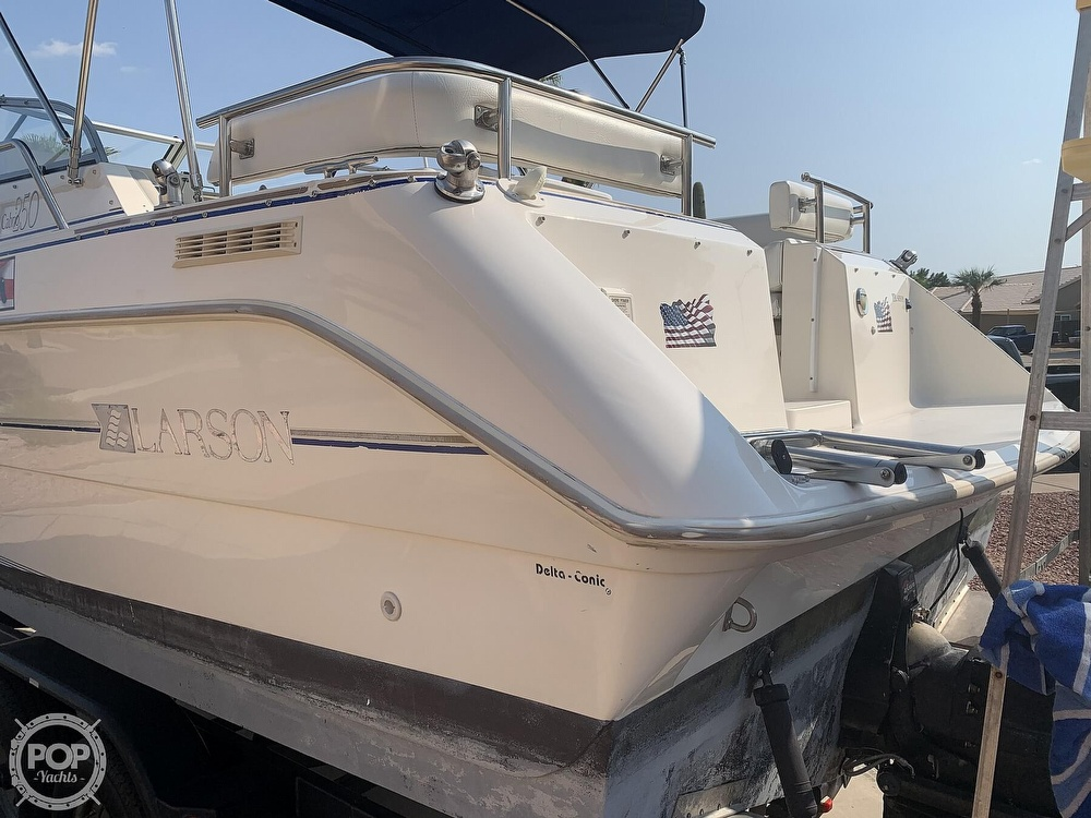 1995 Larson boat for sale, model of the boat is Cabrio 250 & Image # 5 of 40