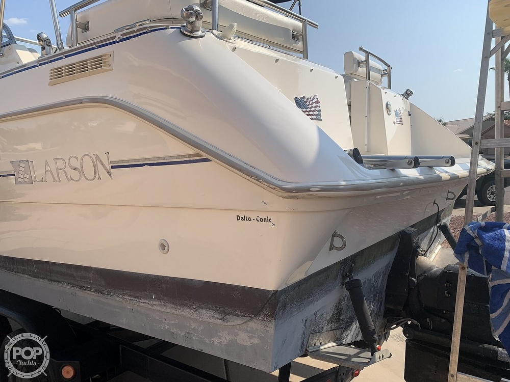 1995 Larson boat for sale, model of the boat is Cabrio 250 & Image # 8 of 40