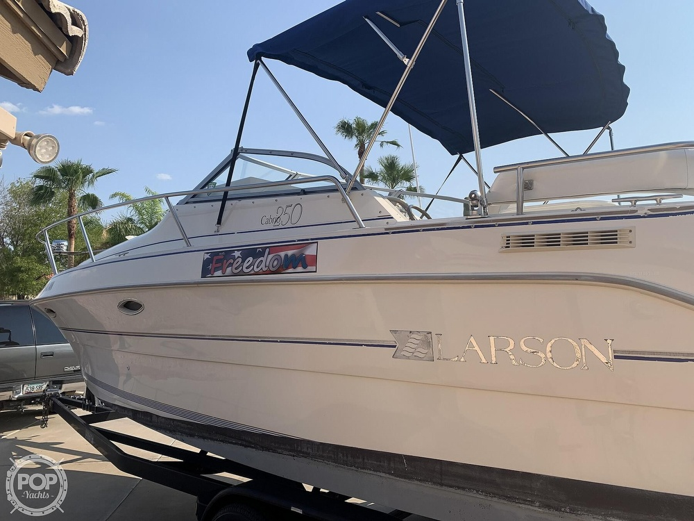1995 Larson boat for sale, model of the boat is Cabrio 250 & Image # 9 of 40