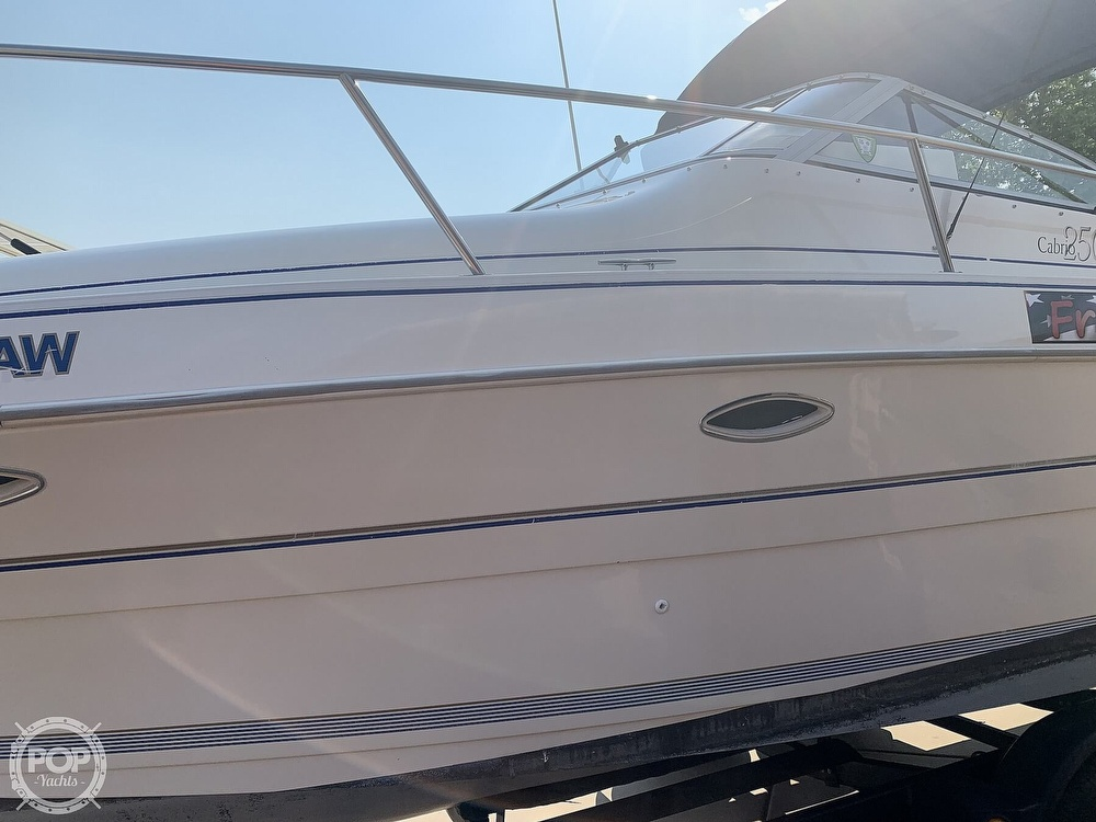 1995 Larson boat for sale, model of the boat is Cabrio 250 & Image # 16 of 40