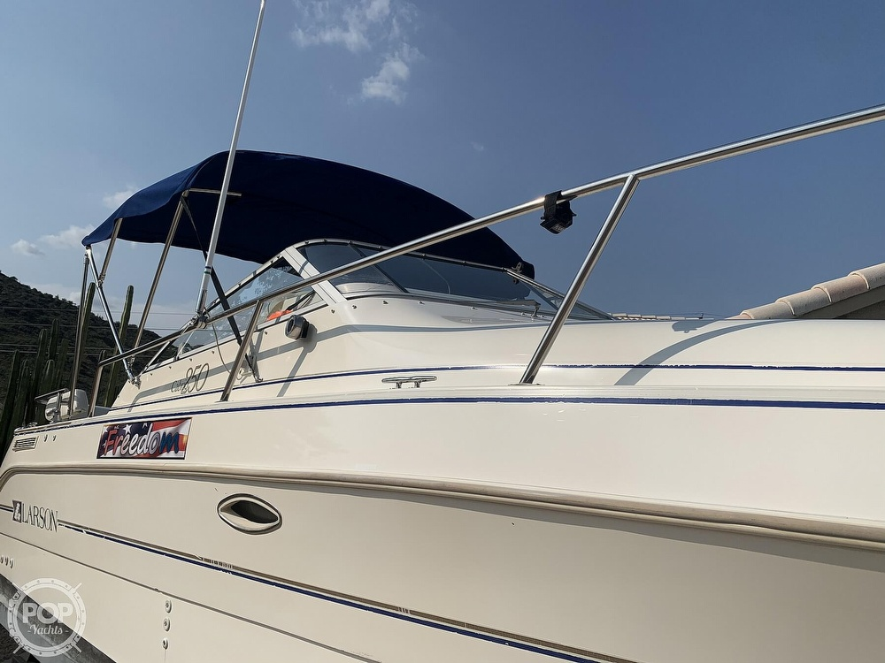 1995 Larson boat for sale, model of the boat is Cabrio 250 & Image # 33 of 40