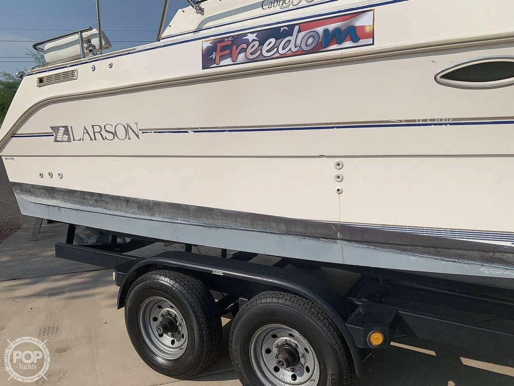 1995 Larson boat for sale, model of the boat is Cabrio 250 & Image # 38 of 40
