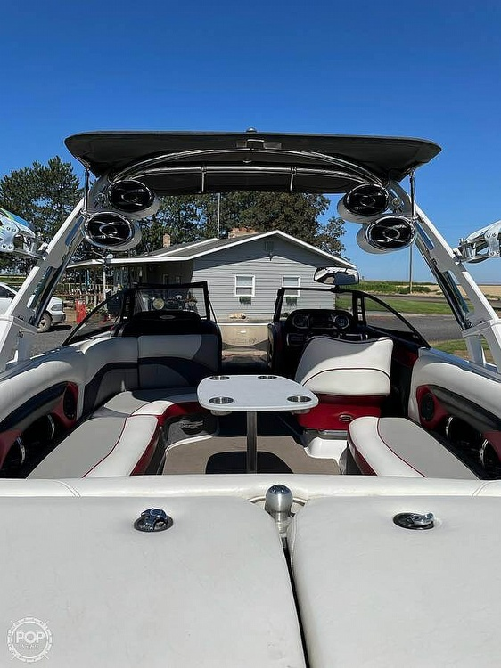2011 Malibu boat for sale, model of the boat is Wakesetter 23 LSV & Image # 9 of 19