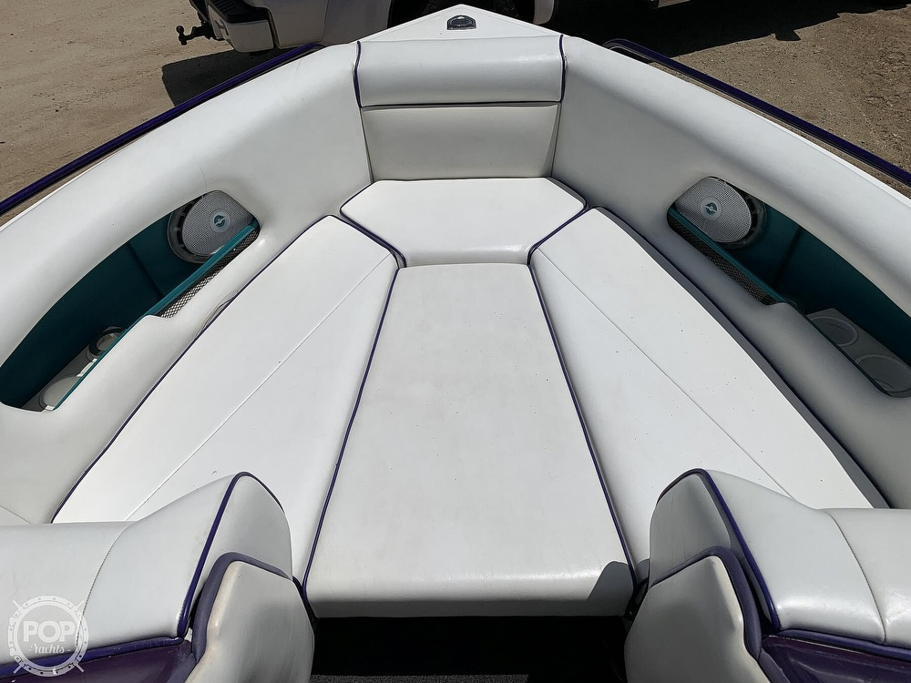 1994 Ultimate Warlock boat for sale, model of the boat is 210 LXI Open Bow & Image # 24 of 40