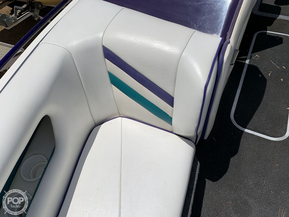 1994 Ultimate Warlock boat for sale, model of the boat is 210 LXI Open Bow & Image # 29 of 40