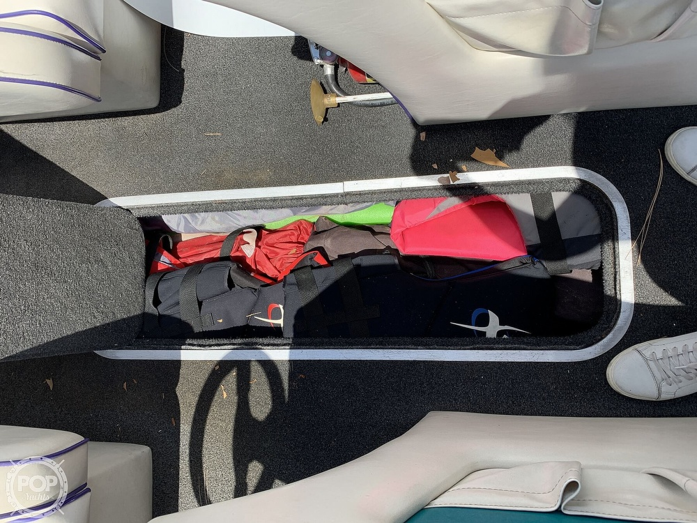 1994 Ultimate Warlock boat for sale, model of the boat is 210 LXI Open Bow & Image # 31 of 40