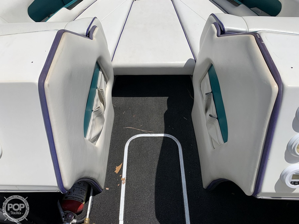 1994 Ultimate Warlock boat for sale, model of the boat is 210 LXI Open Bow & Image # 38 of 40
