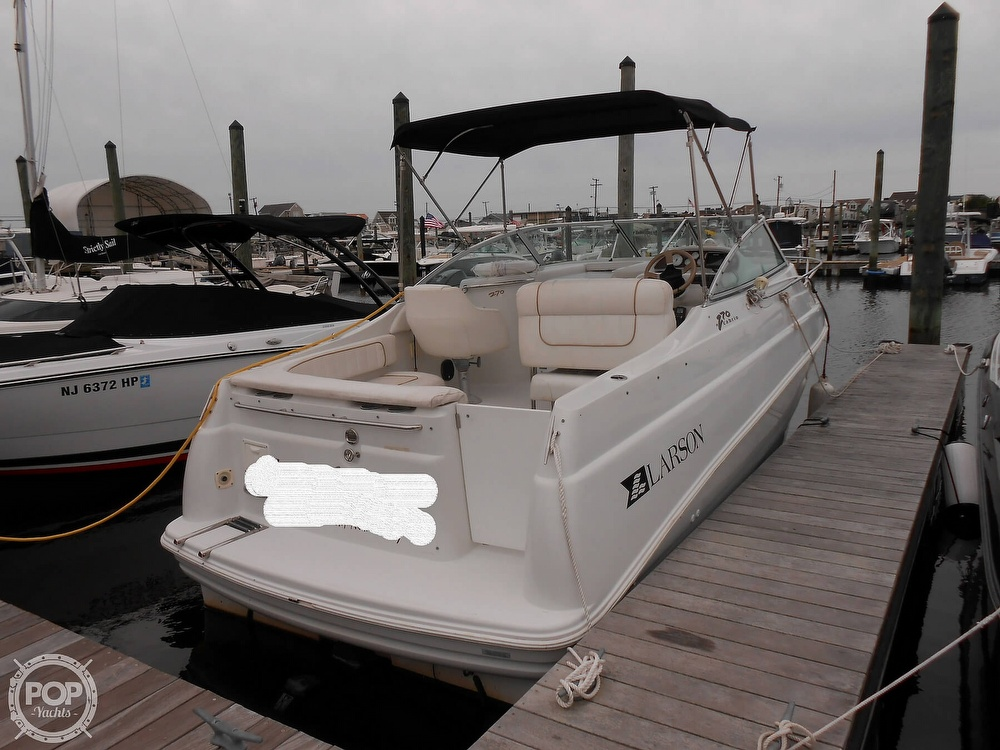 1997 Larson boat for sale, model of the boat is 270 Cabrio & Image # 2 of 40