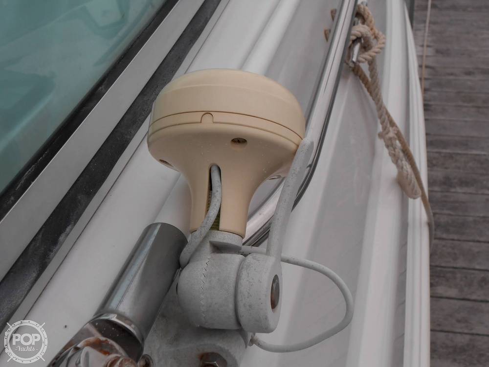 1997 Larson boat for sale, model of the boat is 270 Cabrio & Image # 8 of 40
