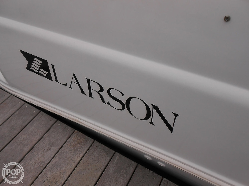 1997 Larson boat for sale, model of the boat is 270 Cabrio & Image # 22 of 40