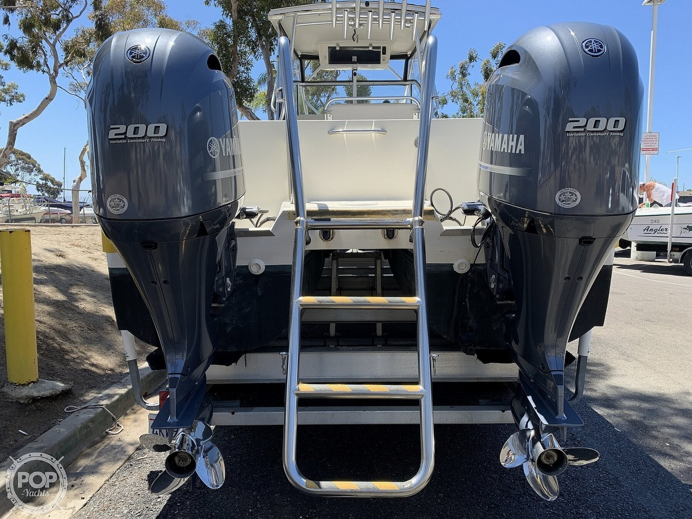 2001 World Cat boat for sale, model of the boat is 266 Sport Cuddy & Image # 17 of 40