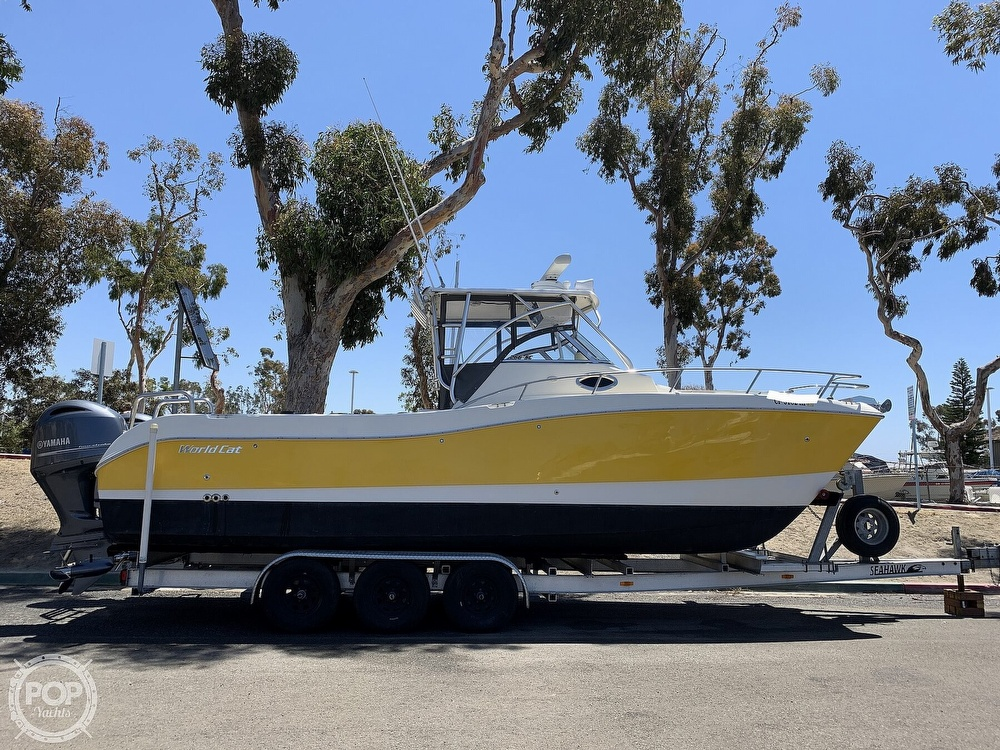 2001 World Cat boat for sale, model of the boat is 266 Sport Cuddy & Image # 6 of 40