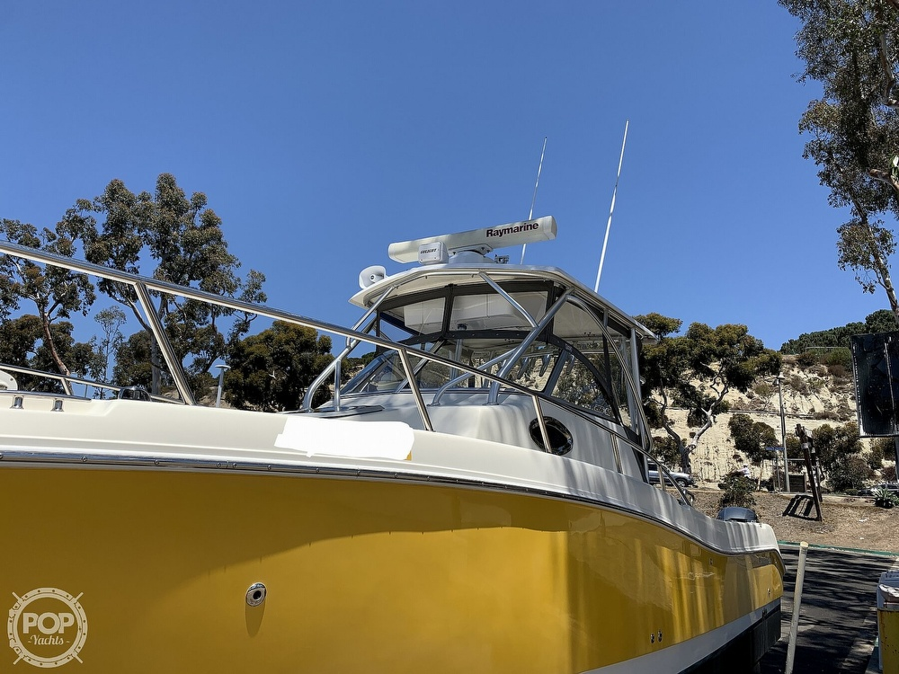 2001 World Cat boat for sale, model of the boat is 266 Sport Cuddy & Image # 24 of 40