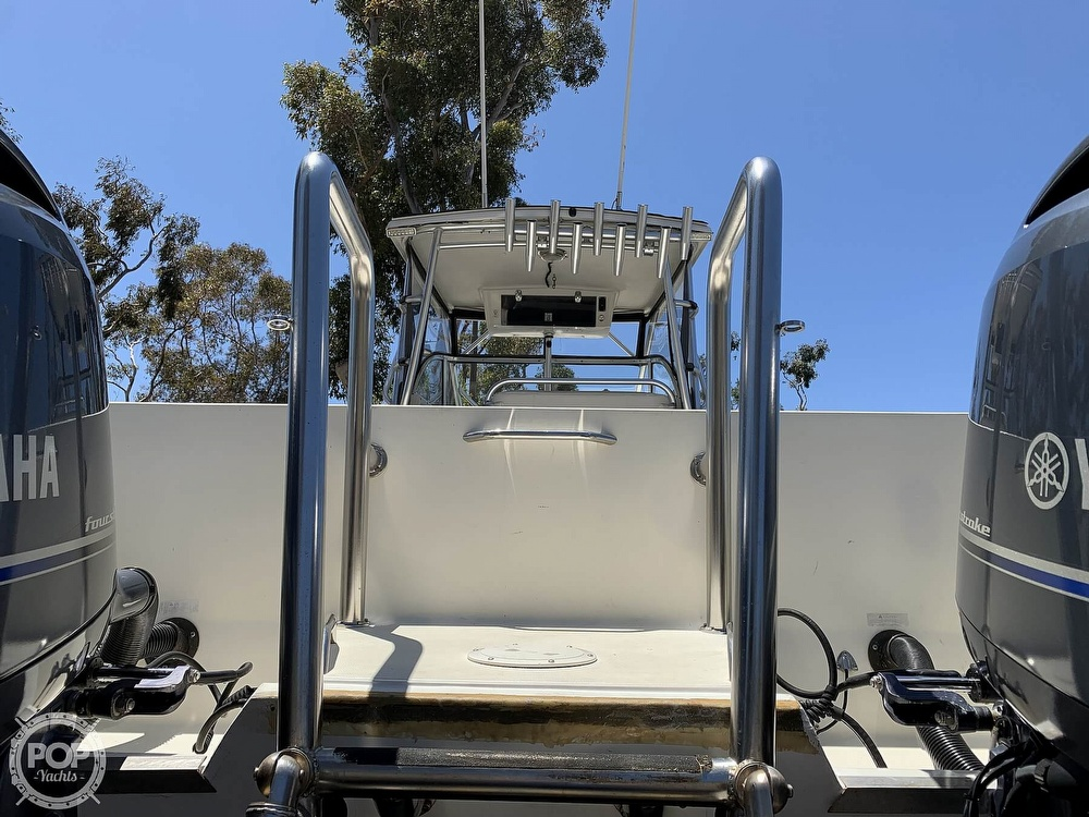 2001 World Cat boat for sale, model of the boat is 266 Sport Cuddy & Image # 33 of 40