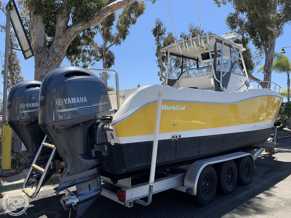 2001 World Cat boat for sale, model of the boat is 266 Sport Cuddy & Image # 37 of 40