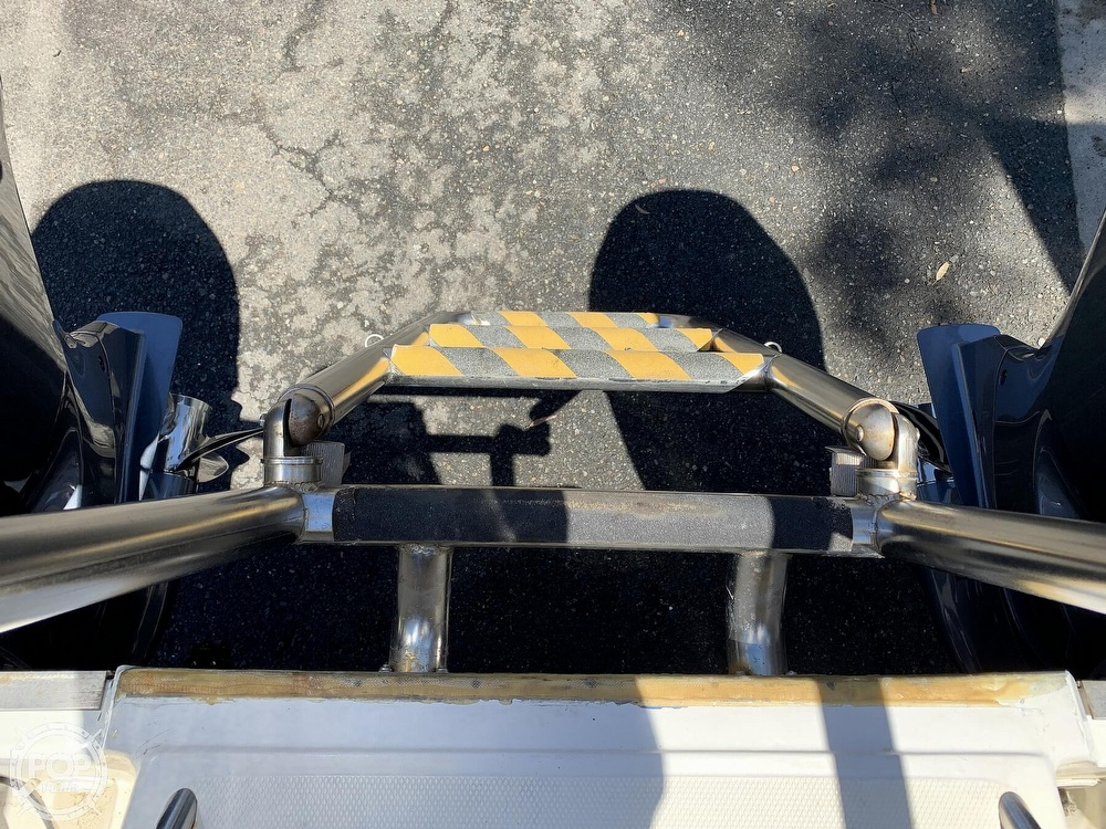 2001 World Cat boat for sale, model of the boat is 266 Sport Cuddy & Image # 10 of 40