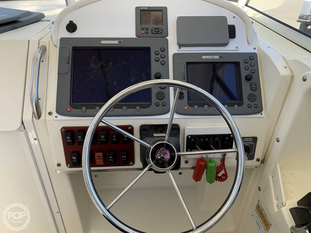 2001 World Cat boat for sale, model of the boat is 266 Sport Cuddy & Image # 5 of 40