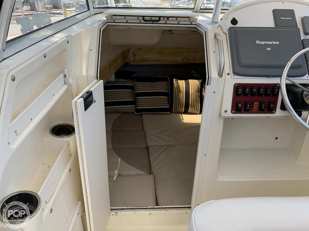 2001 World Cat boat for sale, model of the boat is 266 Sport Cuddy & Image # 14 of 40