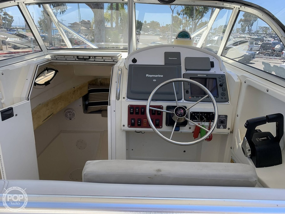 2001 World Cat boat for sale, model of the boat is 266 Sport Cuddy & Image # 18 of 40