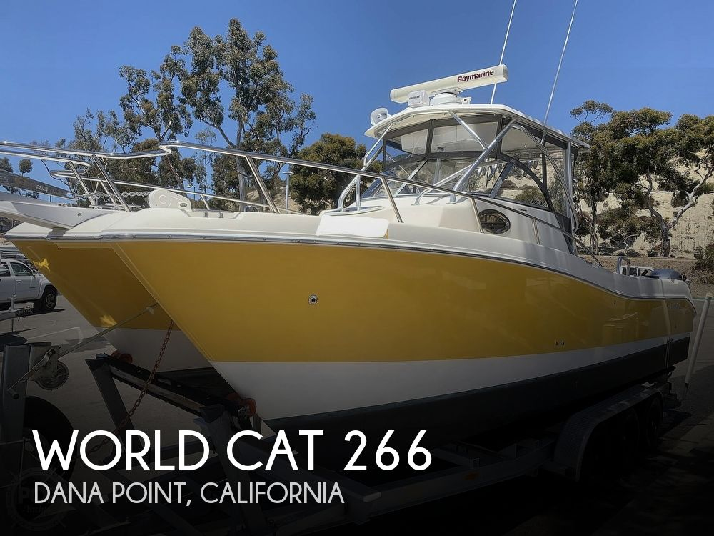 2001 World Cat boat for sale, model of the boat is 266 Sport Cuddy & Image # 1 of 40